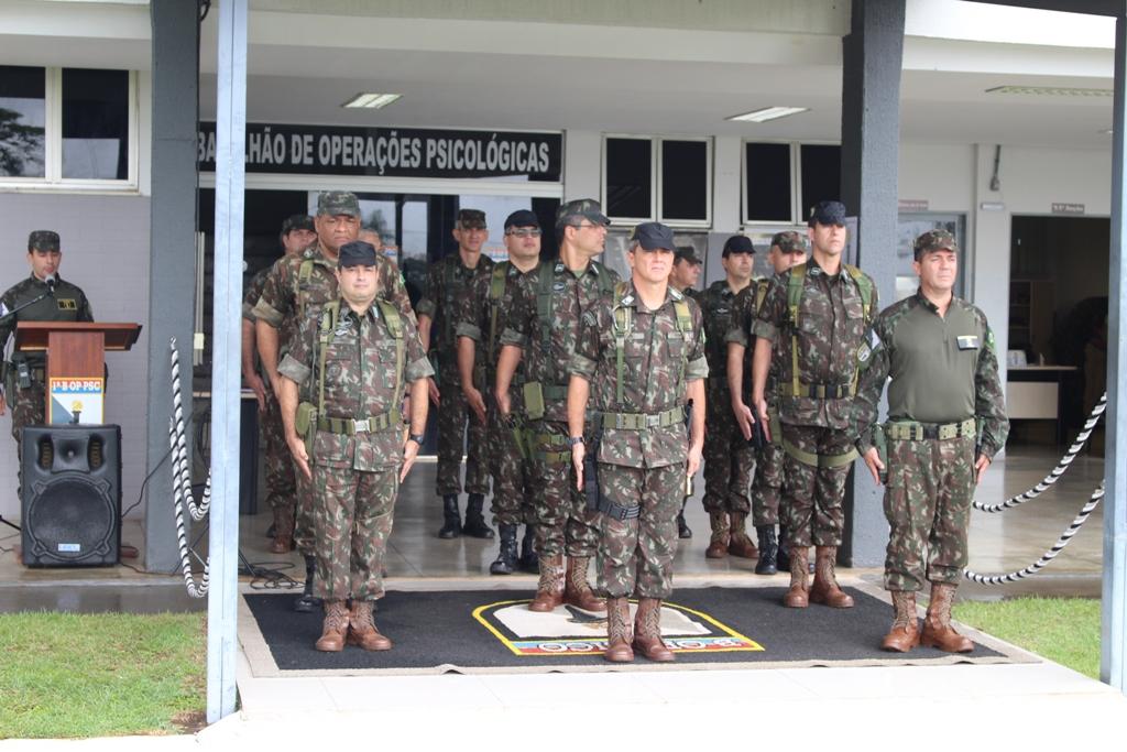 Comandante de Operações Especiais visita 1º Batalhão de Operações  Psicológicas 4725b4547ee